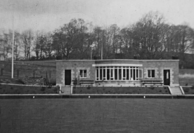 Clubhouse shorty after opening in the 1950's